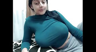 rosasweet02 saggy tits ( very very very good )